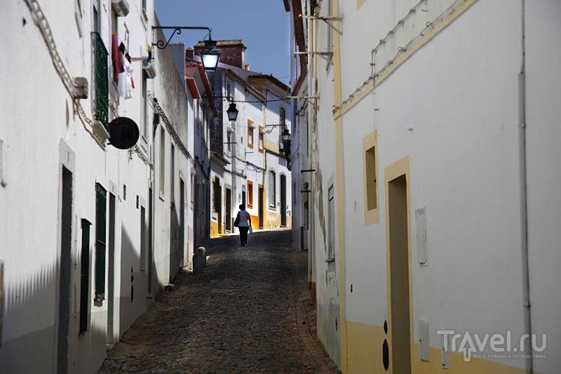 Белоснежные дома Эворы / Фото из Португалии