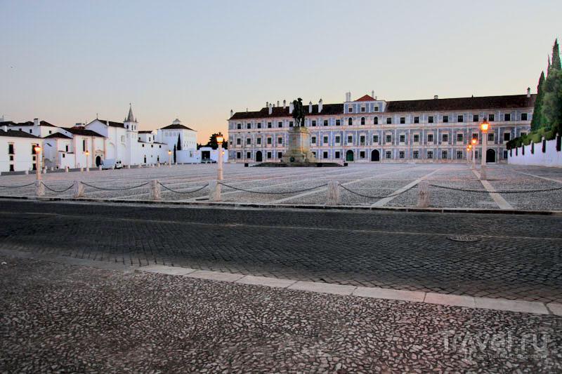 Мраморный дворец в Вила-Висозе / Фото из Португалии