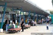 Пассажиры на автовокзале / Молдавия