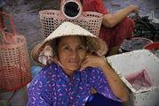 Бабушка с улыбкой / Вьетнам