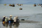 Ждут тех, кто в море / Вьетнам