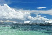 У местного пляжа / Филиппины