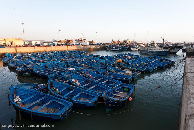 Лодки на закате у города Эс-Сувейра, Марокко / Фото из Марокко