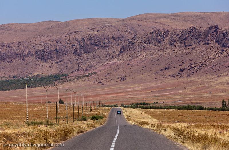 Долина в Атласских горах, Марокко / Фото из Марокко