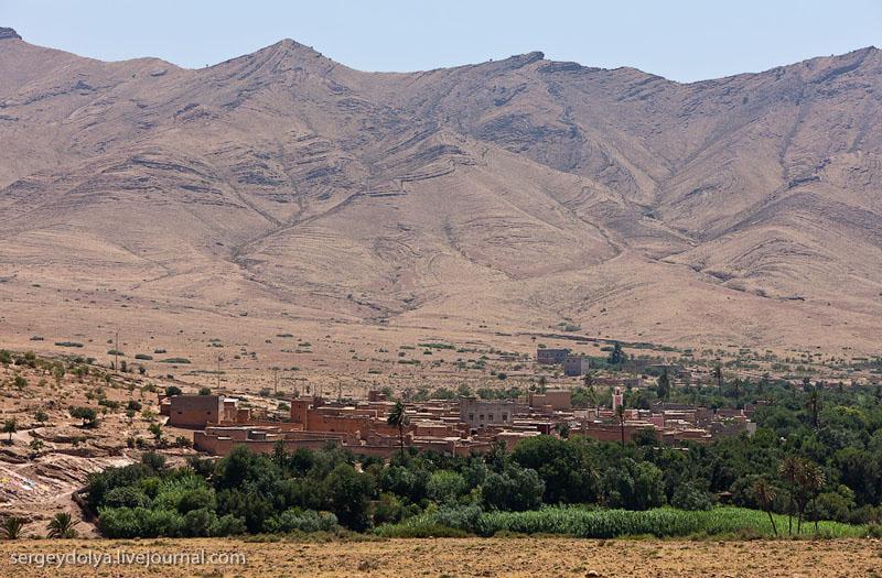 Город у реки в Марокко / Фото из Марокко