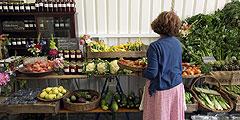 Рядом с рынками можно найти роскошные рестораны. // GettyImages