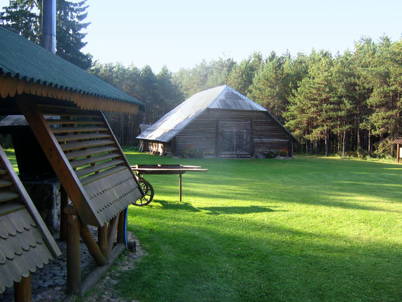 Сеновал тоже обитаем, усадьба Жилену, Литва / Фото из Литвы
