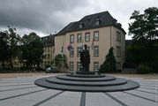Памятник герцогине Шарлотте / Люксембург