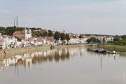 На противоположном берегу / Португалия