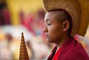 Мальчик-прслушник / Непал