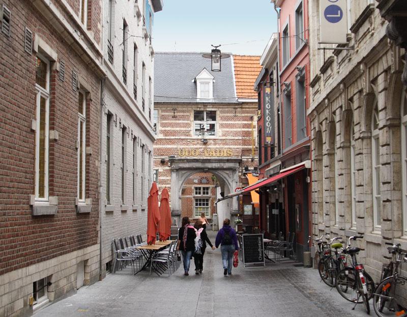 На улице Лёвена / Фото из Бельгии