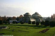 Оранжерея у зоопарка / Австрия