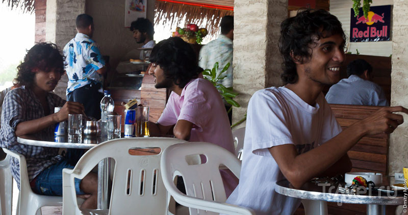 В кафе в Мале, Мальдивы / Фото с Мальдив