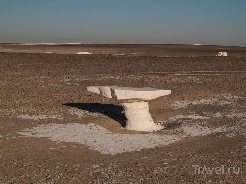 """""""Стол"""" в Белой пустыне / Египет"""