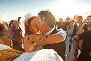 Поцеловать невесту / США