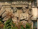 Украшение на фасаде / Италия