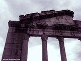 Фрагмент портика / Албания