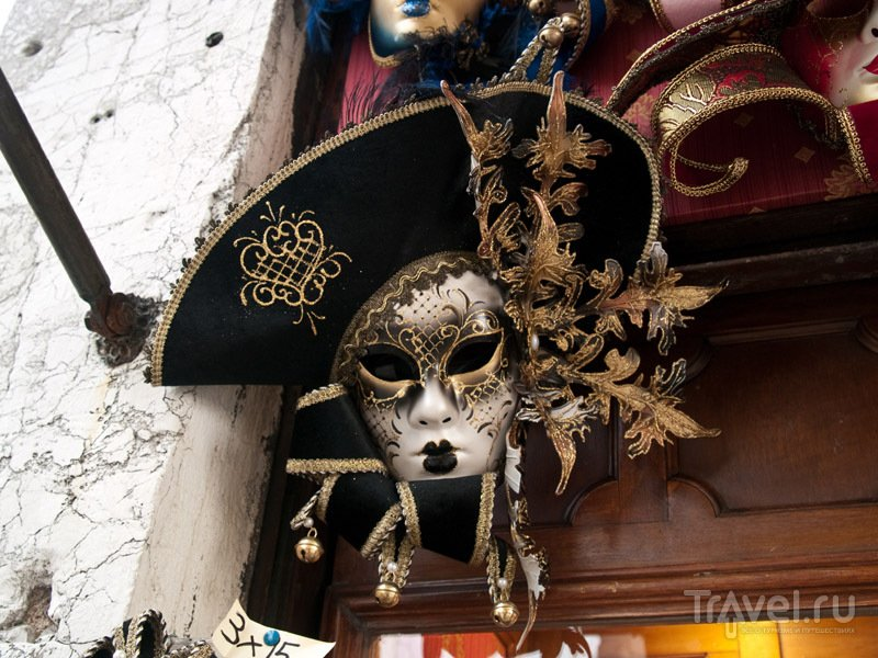 Венецианская маска / Фото из Италии
