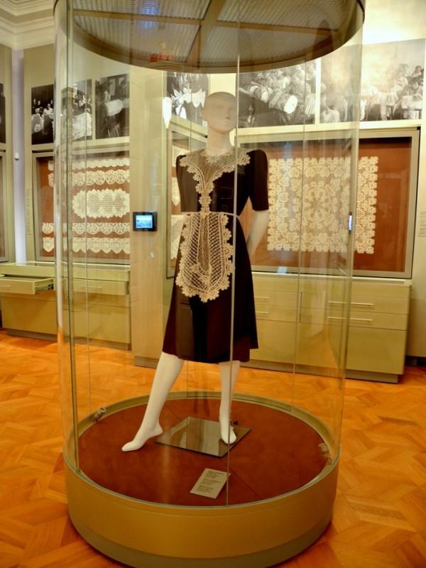 Один из восьми залов Музея кружева / Фото из России