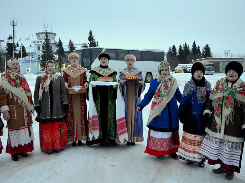 Торжественная встреча в аэропорту Великого Устюга / Фото из России