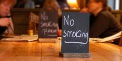 В общественных местах курение запрещено. // xpatloop.com
