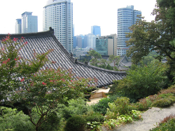 Монастырь Понъынса в Сеуле / Фото из Южной Кореи