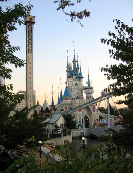 Парк развлечений Lotte World в Сеуле / Фото из Южной Кореи