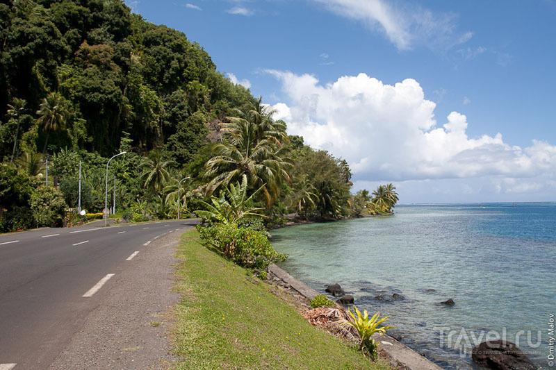 Асфальтовая дорога на Таити / Фото из Французской Полинезии