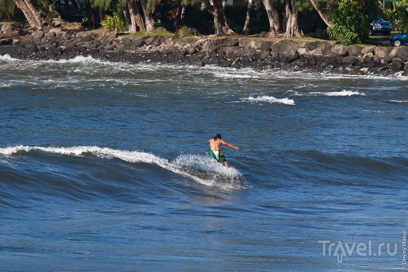 Занятия серфингом на Таити / Фото из Французской Полинезии