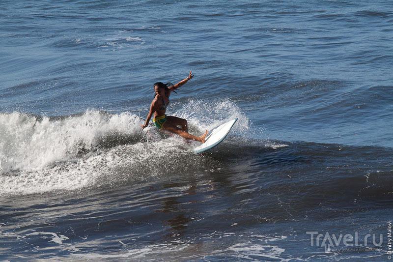 Серфинг на Таити / Фото из Французской Полинезии