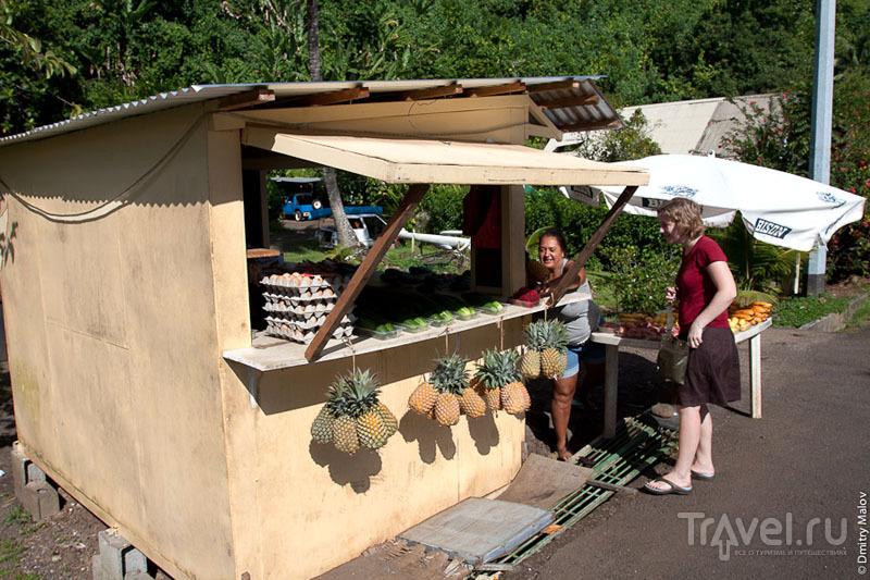Торговля фруктами на Таити / Фото из Французской Полинезии