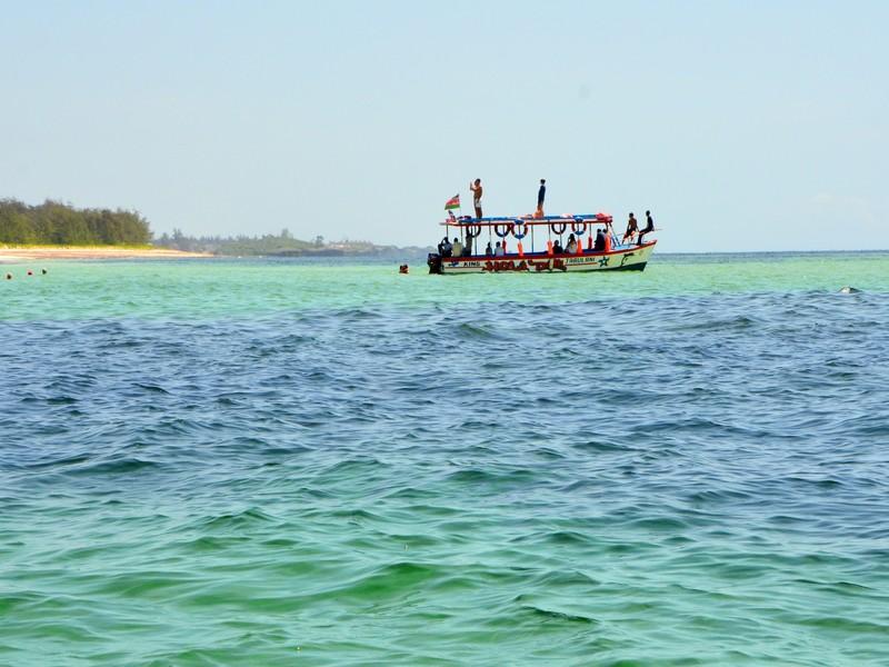 Морская прогулка у берегов Кении / Фото из Кении