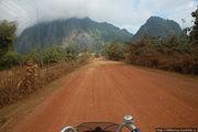 Проселочная дорога / Лаос