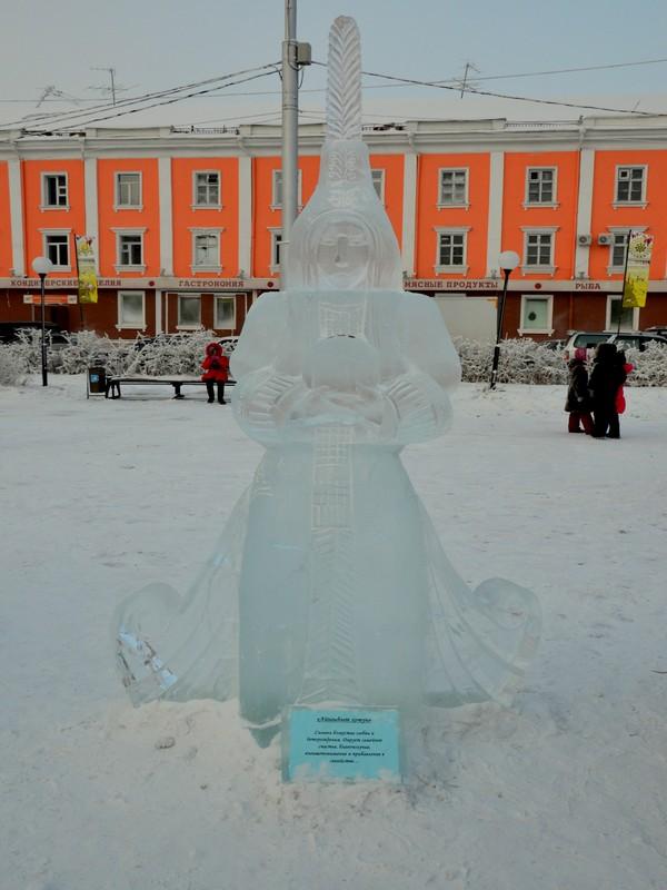 Ледяные скульптуры в Якутске / Фото из России