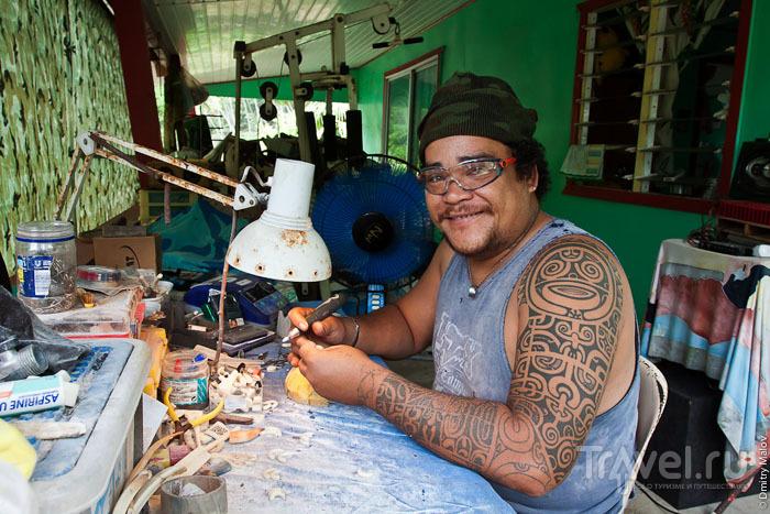 Полинезиец с острова Тахуата / Фото из Французской Полинезии