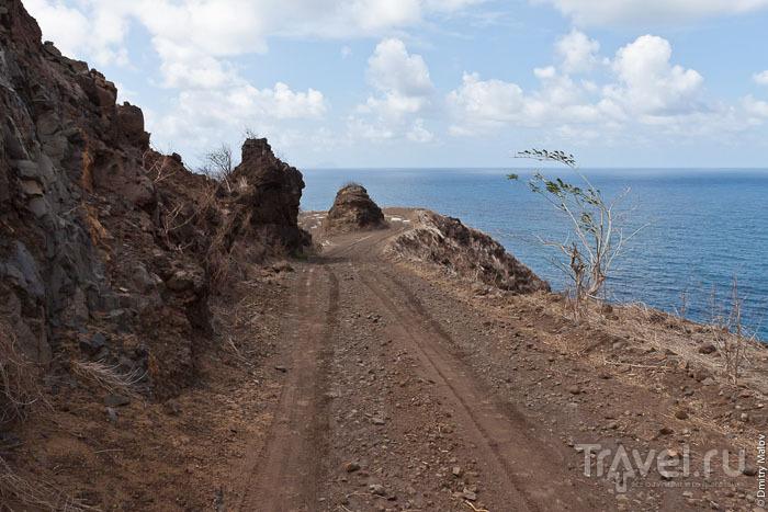 Прибрежная дорога, Маркизские острова / Фото из Французской Полинезии