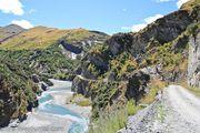 Дорога вдоль скал / Новая Зеландия