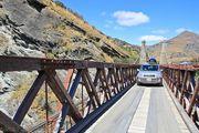 Машина на мосту / Новая Зеландия