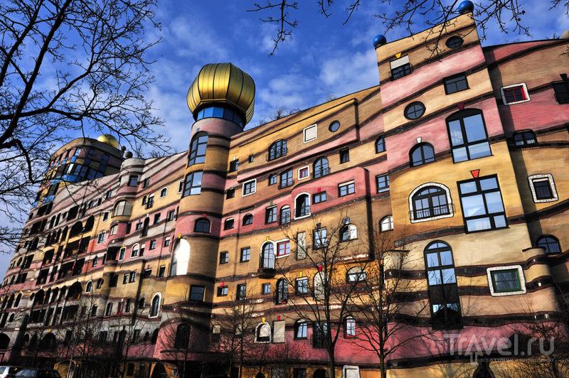 Дом Waldspirale в Дармштадте / Германия
