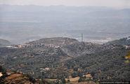 Внизу, в долине / Албания