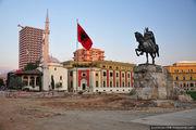 Памятник Скандербегу / Албания
