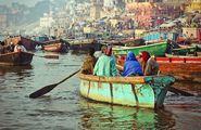 Прогулка на лодке / Индия