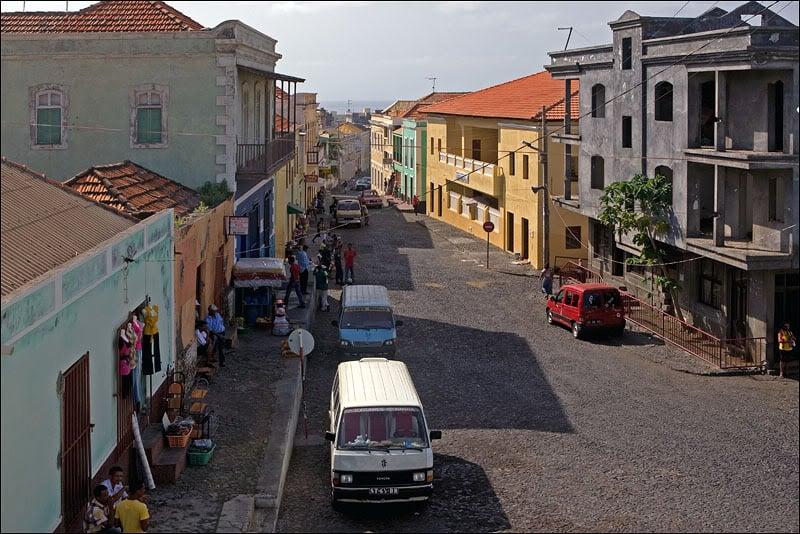 Одна из улиц Сан-Филипи, Кабо-Верде   / Фото из Кабо-Верде