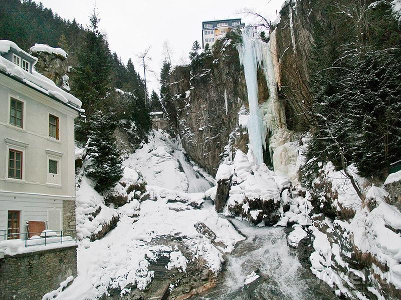 Замерзший водопад, Бадгастайн / Фото из Австрии