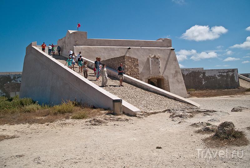 Туристы в форте Сагриша / Фото из Португалии
