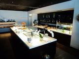 Буфет бизнес-зала SWISS в секторе D / Швейцария