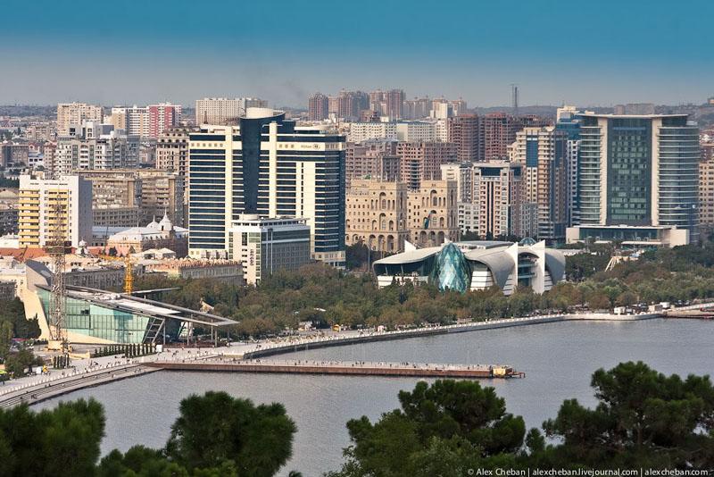 Строительство в Баку / Фото из Азербайджана