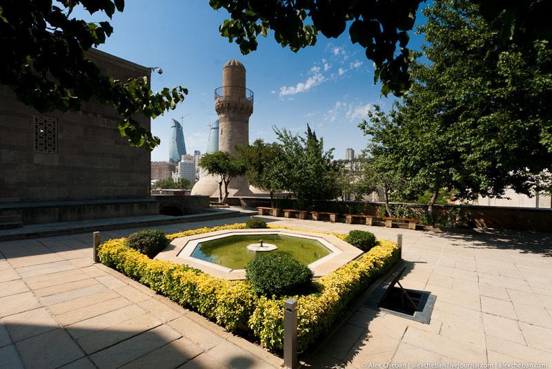 Дворец ширваншахов в Баку / Фото из Азербайджана