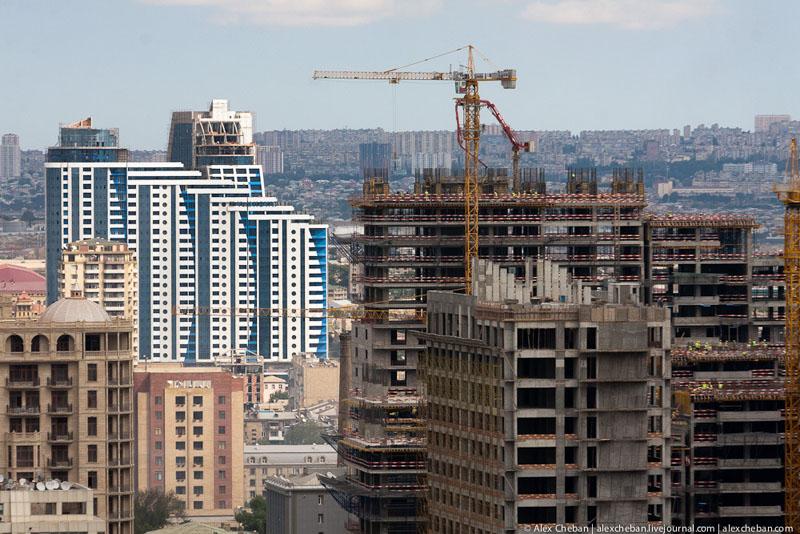 Современные здания Баку / Фото из Азербайджана