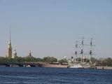 Вид на Петропавловскую крепость / Россия